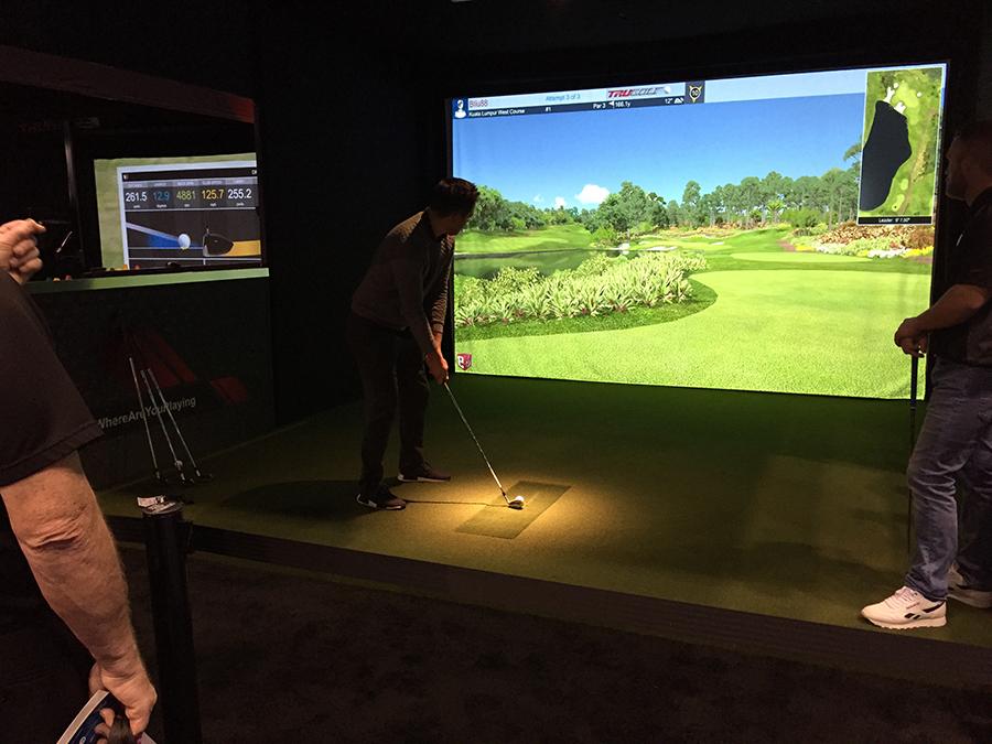 世界のゴルフ見本市を視察